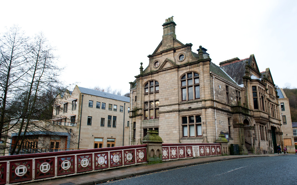 Hebden_Bridge_Town_Hall_1024w.jpg